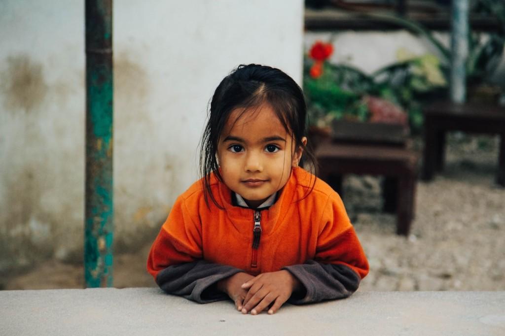 ネパール女の子