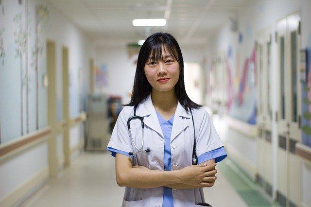 看護士ベトナム